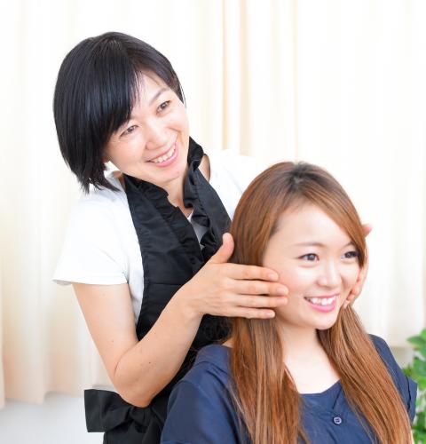 痛くない小顔矯正でたるみ・むくみ・ほうれい線などの悩み解消をお手伝いしています